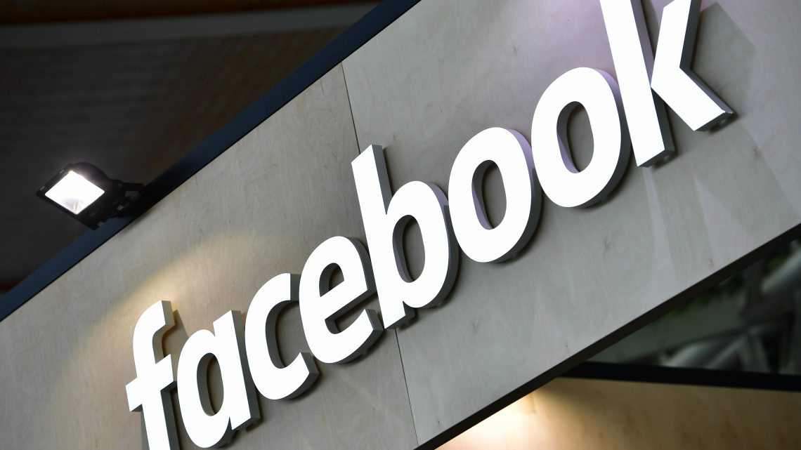 Facebook to launch officially licensed music videos in the US next month